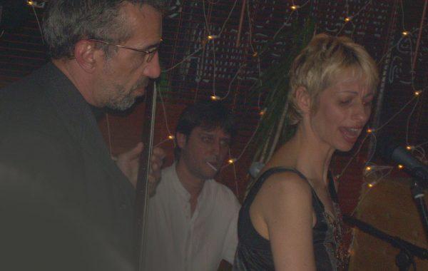 Avec (trabajando con) Sonmontuno (Salsa Band)